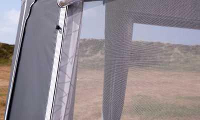 Mosquito net window in Ventura Pacific Full caravan Awning