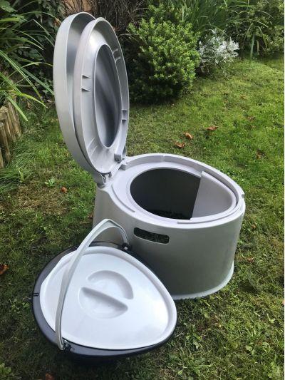Kampa Khazi Transportable Toilet grass